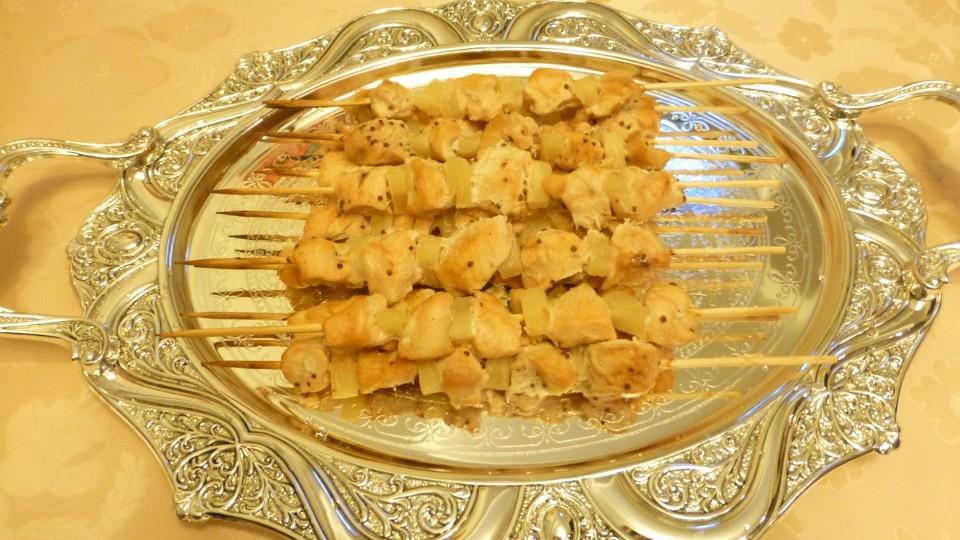 Куриные ШАШЛЫЧКИ с ананасами. Новогодний стол. Видео рецепт