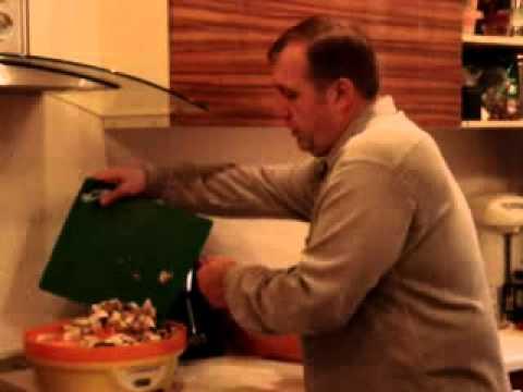 Сушим белые грибы.