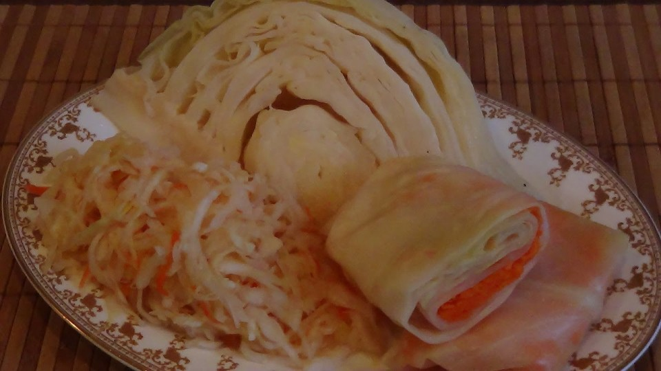 Заготовки из капусты. Засолка капусты. Крупными кочанами, и рубленная капуста