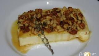 Рецепт: Десерт из груш с медом и сыром