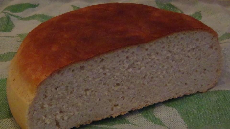 Домашний хлеб на зрелом тесте.